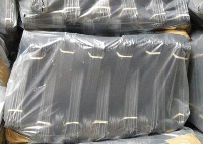 Cabides plástico preto