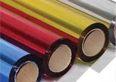 Papel metalizado em rolo