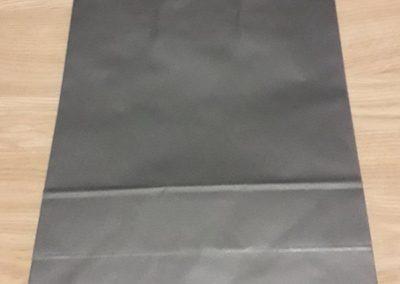 Saco papel asa torcida cinza escuro